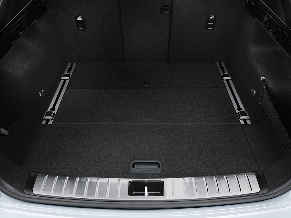 Kia Optima Sportswagon adaptable boot